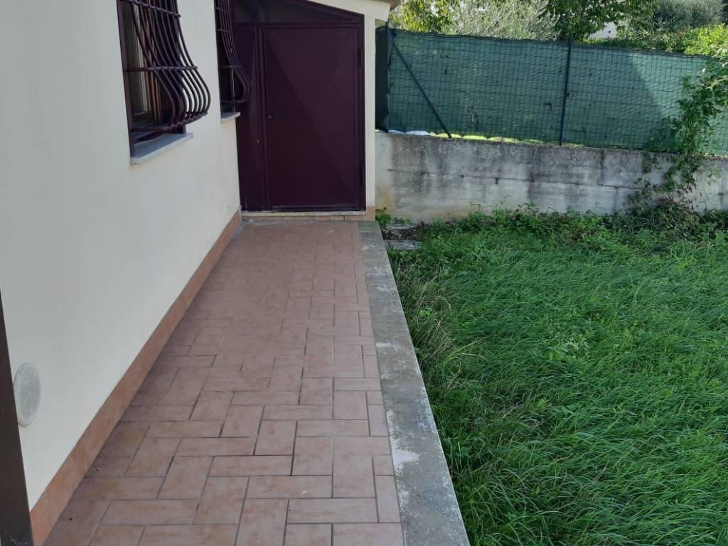 foto esterno Terraced house via del Tevere 52, Fiano Romano