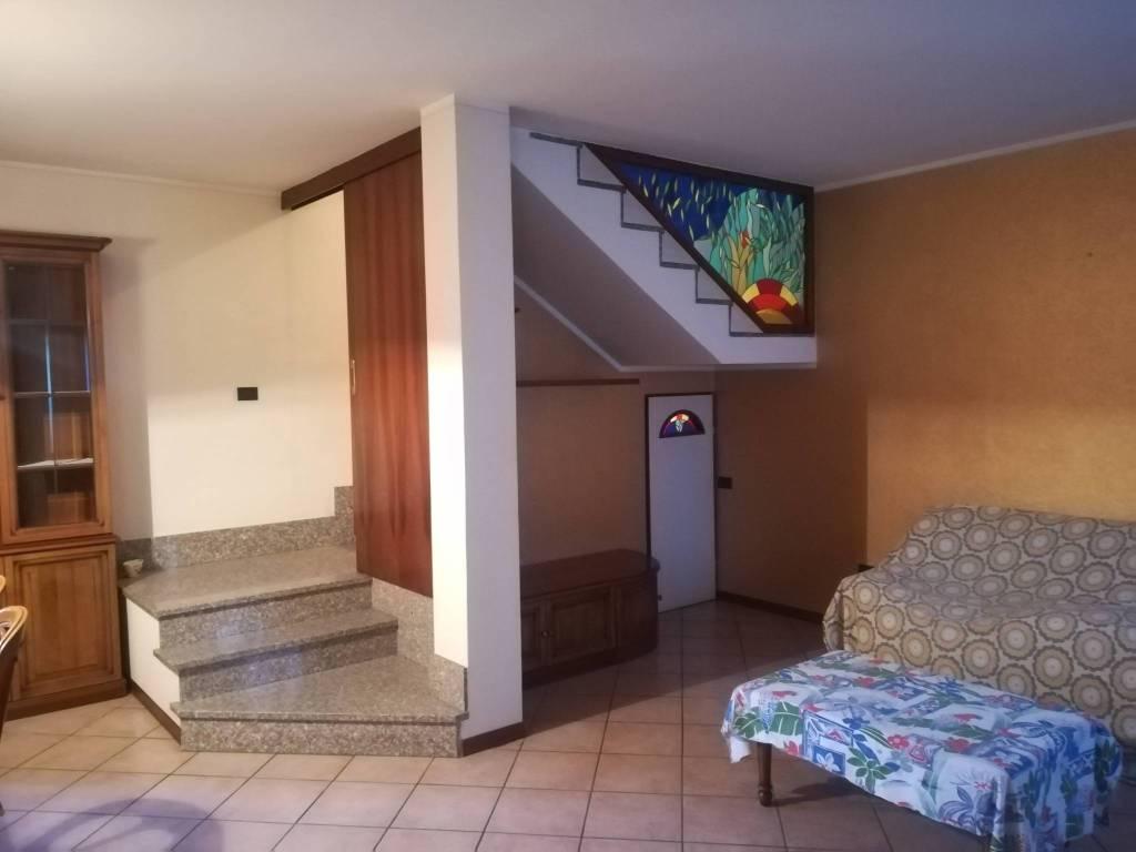 foto  Terratetto unifamiliare via Amilcare Ponchielli, Gabbioneta-Binanuova