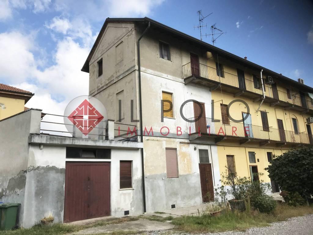 foto facciata 3-room flat via Camillo Benso di Cavour 2, Cornaredo