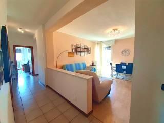 Photo - 3-room flat via Provinciale Per Lecco, Lipomo
