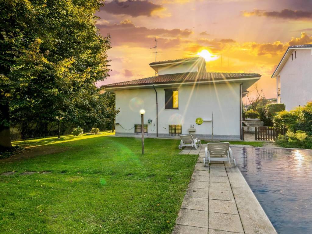 foto Giardino con piscina Single family villa via Dante Alighieri, Cisliano