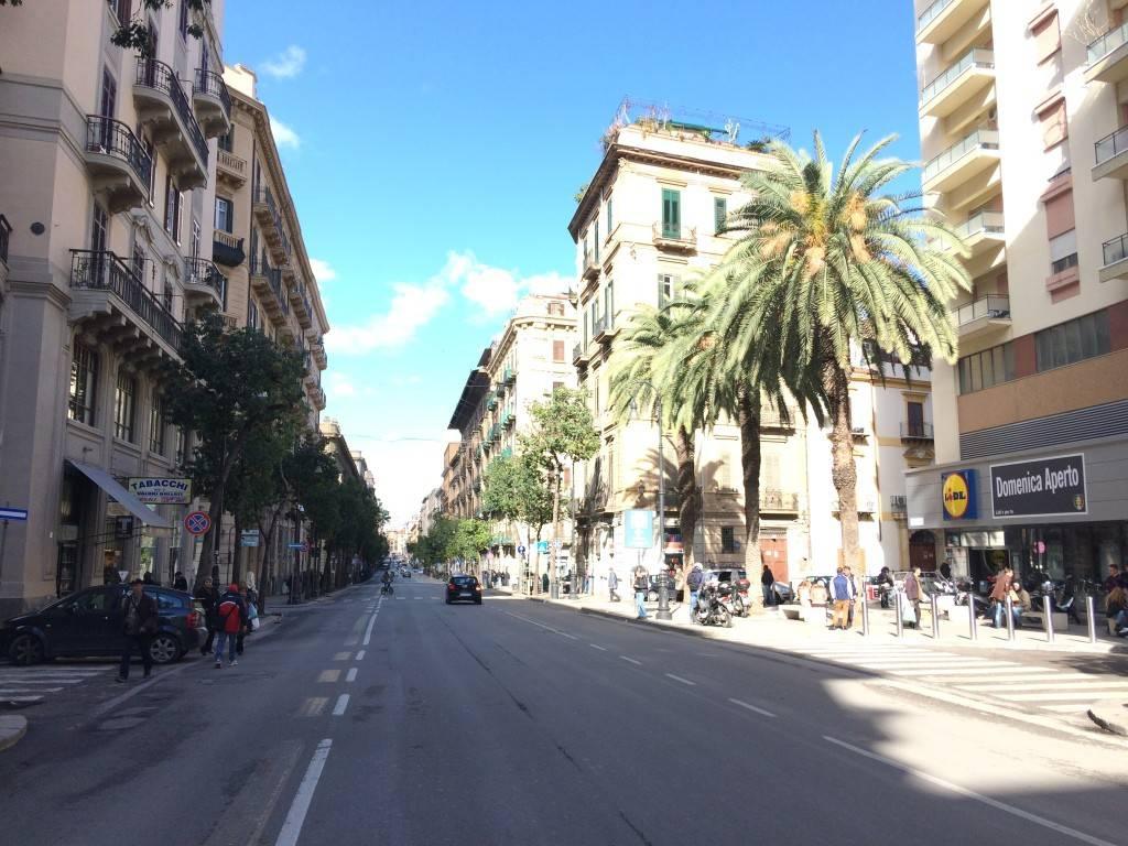 Locale commerciale via Roma 82, Palermo, rif. 76333820 ...