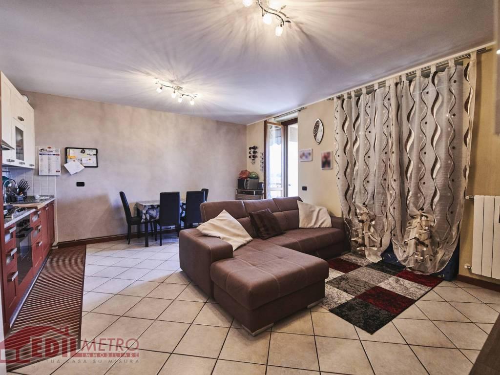 foto soggiorno 2-room flat via Genova, Settala