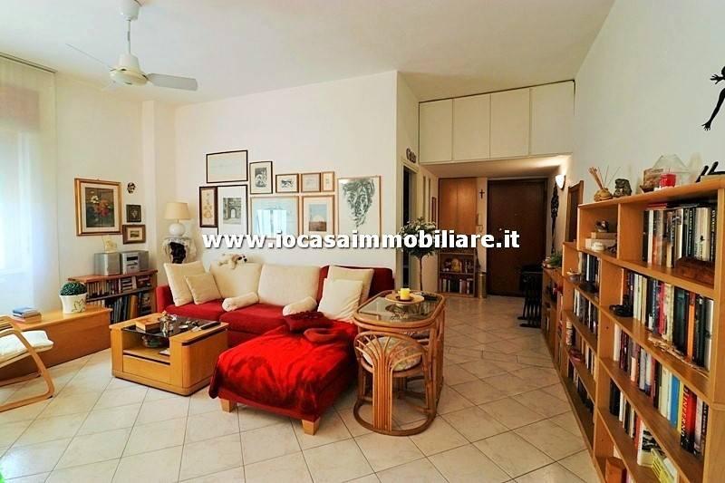 foto SOGGIORNO 2-room flat via Piave, San Donato Milanese