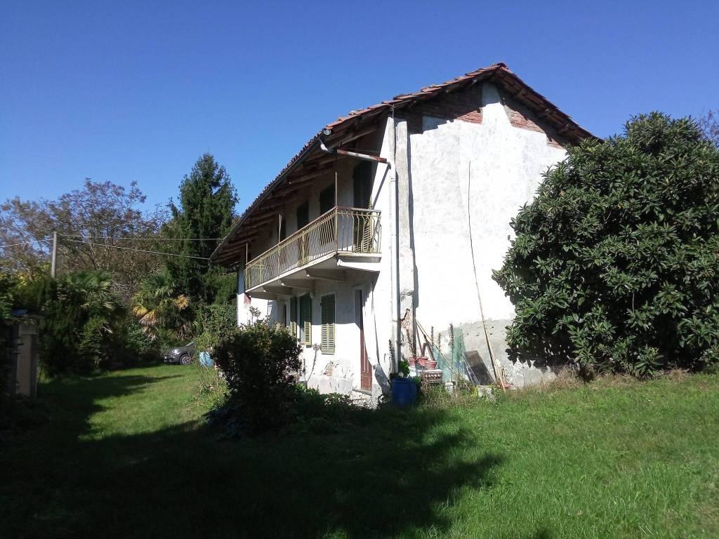 foto esterno Farmhouse Strada San Giuseppe, Casalborgone