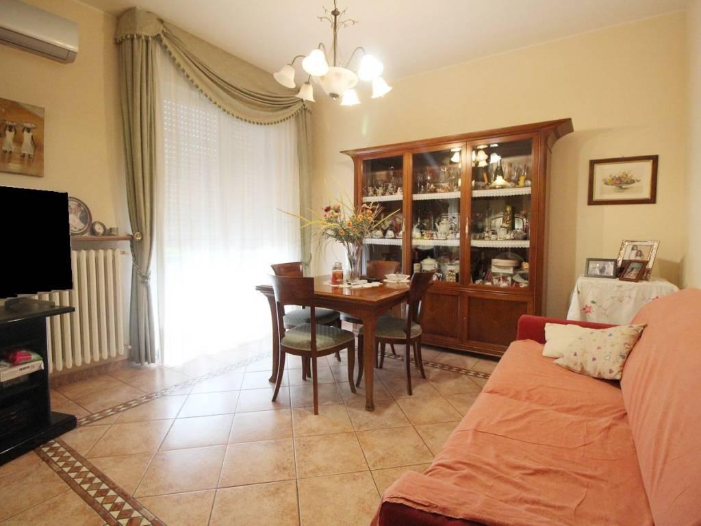 foto soggiorno 4-room flat good condition, first floor, Casalgrande