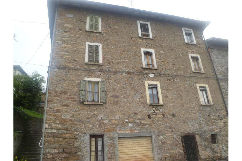 foto Foto 1 Detached house 150 sq.m., good condition, Rogno