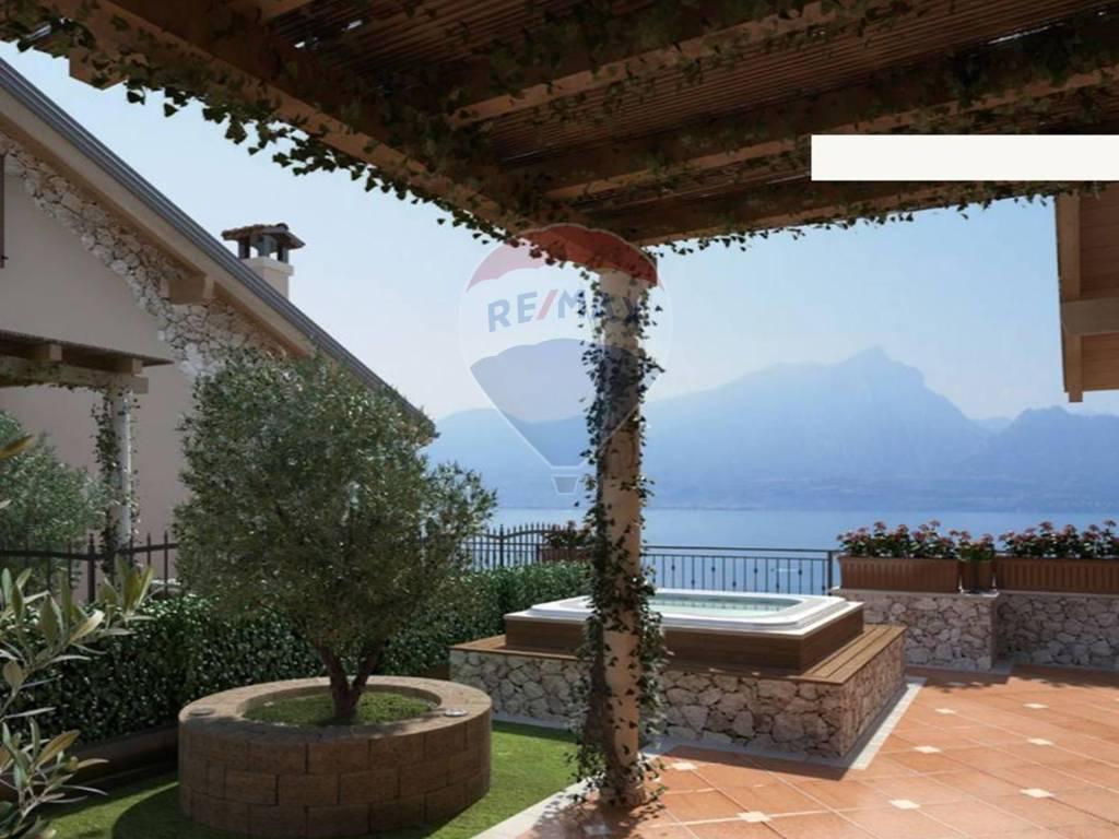 foto Foto 1 Apartment via Tommaso Marani, 2, Brenzone sul Garda