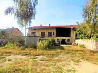 Photo - Detached house Strada Gangaglietti, Caramagna Piemonte
