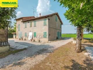 Photo - Country house via vecchia Carpi, 4, Correggio