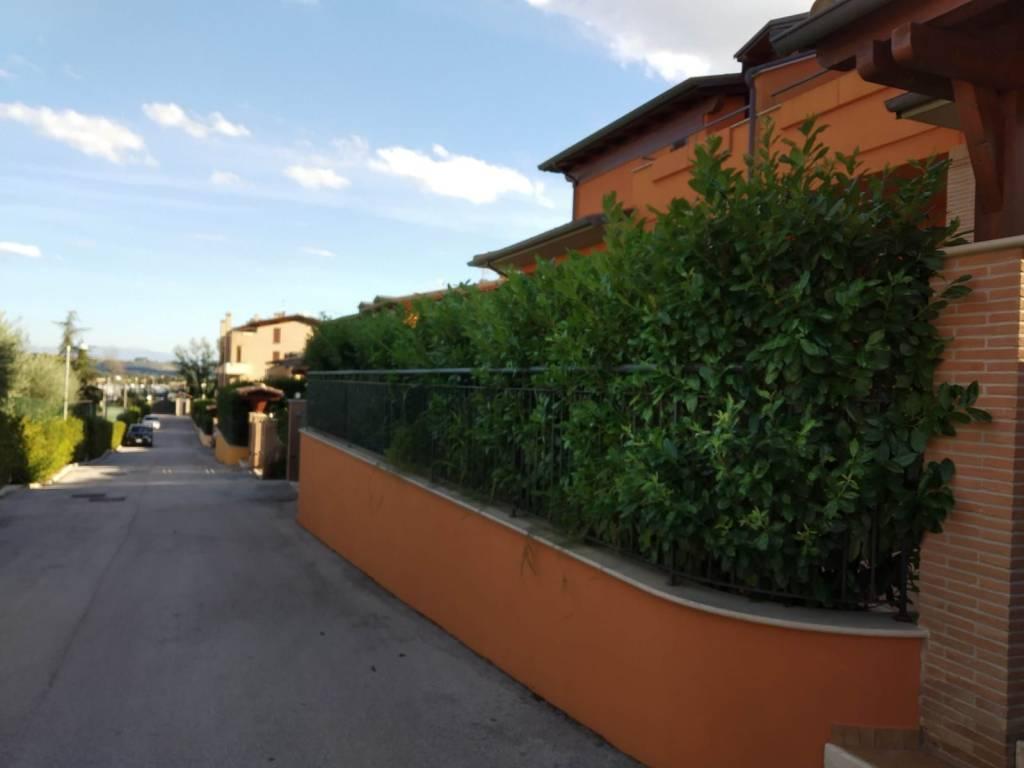 Vendita Villa bifamiliare in Strada dei Loggi Perugia ...