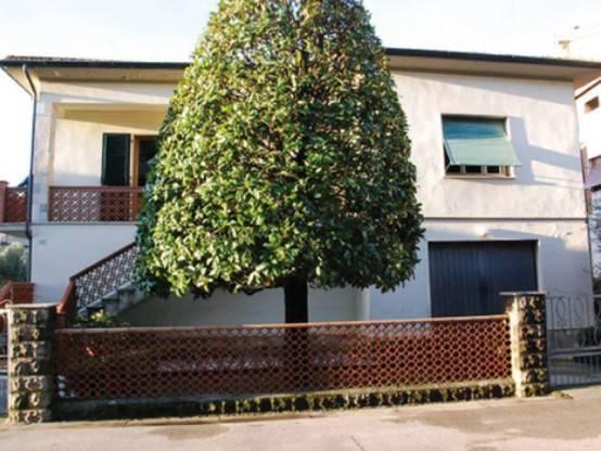foto  Villa all'asta via 4 Novembre, Santa Croce sull'Arno