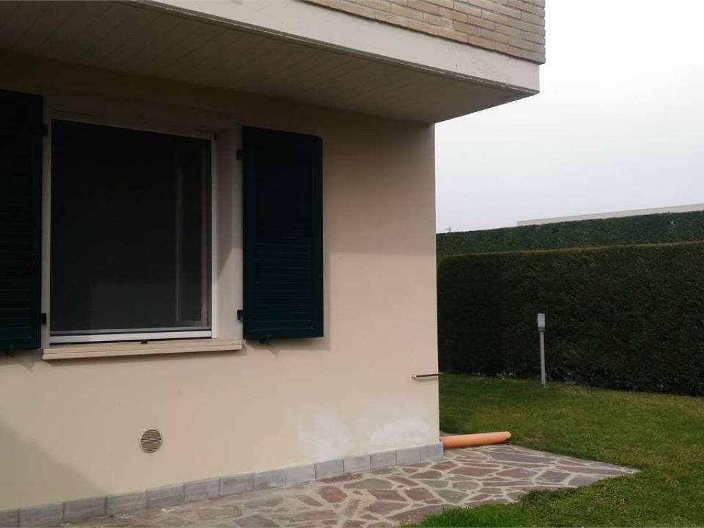 foto  Villa plurifamiliare, nuova, 180 mq, Copparo