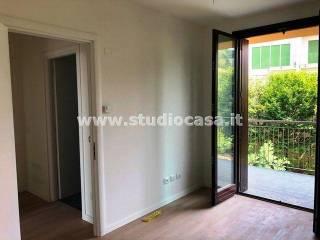 Foto - Trilocale nuovo, ultimo piano, Villa d'Adda
