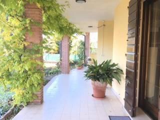 Photo - Single family villa, good condition, 350 sq.m., Montanara, Curtatone