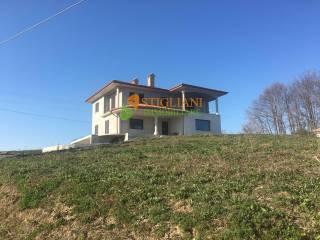 Foto - Villa unifamiliare immersa nel verde, Baranello