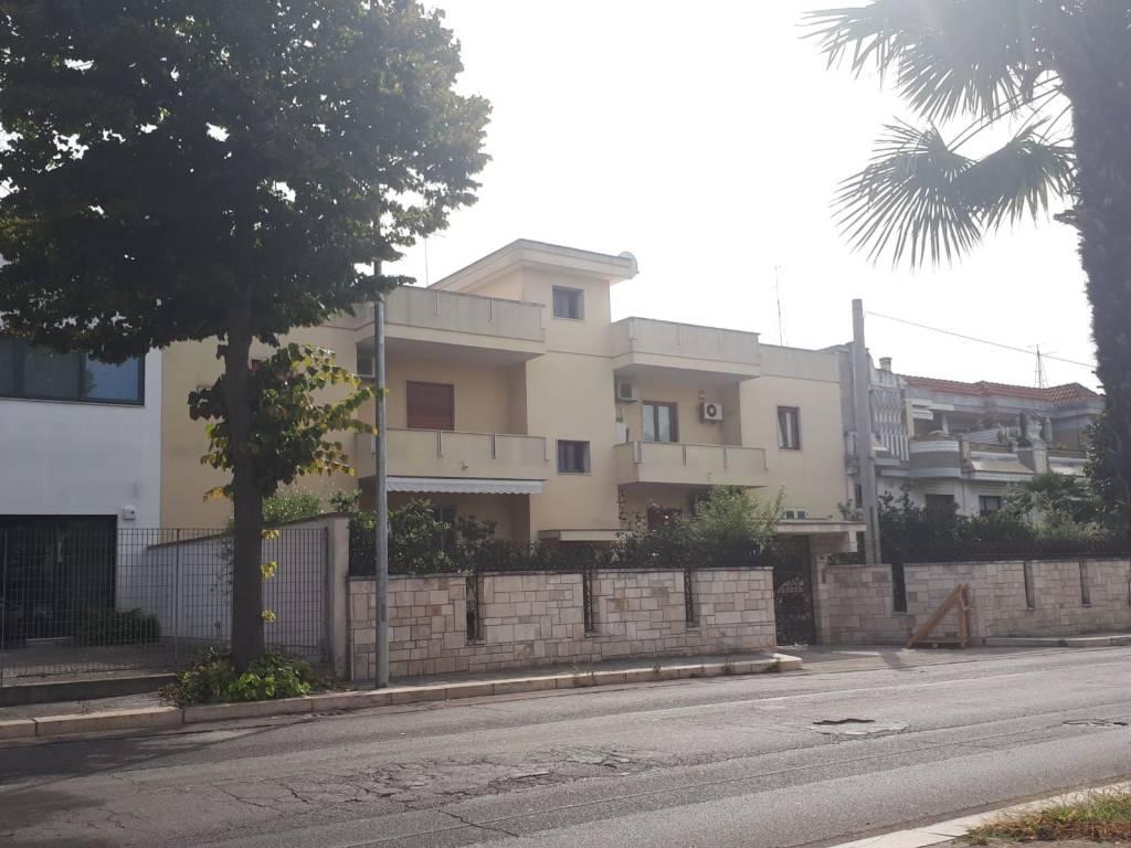 foto Esterno Quadrilocale via Lequile 156, Lecce