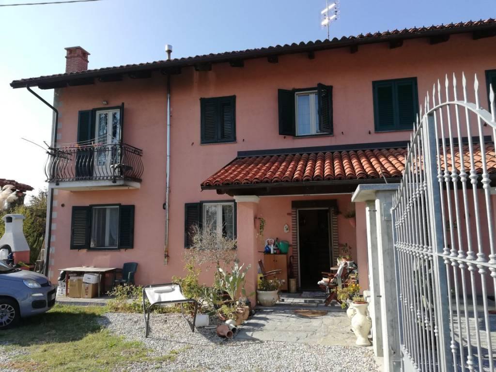 foto  Single family villa, excellent condition, 130 sq.m., Fossano