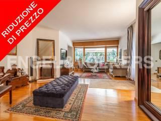 Photo - Apartment viale Cortina d'Ampezzo, Cortina d'Ampezzo, Roma