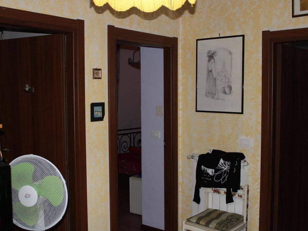 foto ingresso 3-room flat via Aimone Martini 256, Bargagli