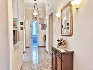 Photo - Apartment good condition, second floor, Savona
