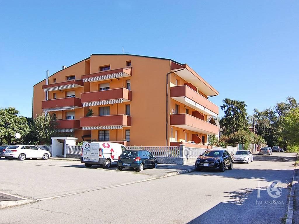 foto ESTERNO 3-room flat via Alcide De Gasperi, Cesate