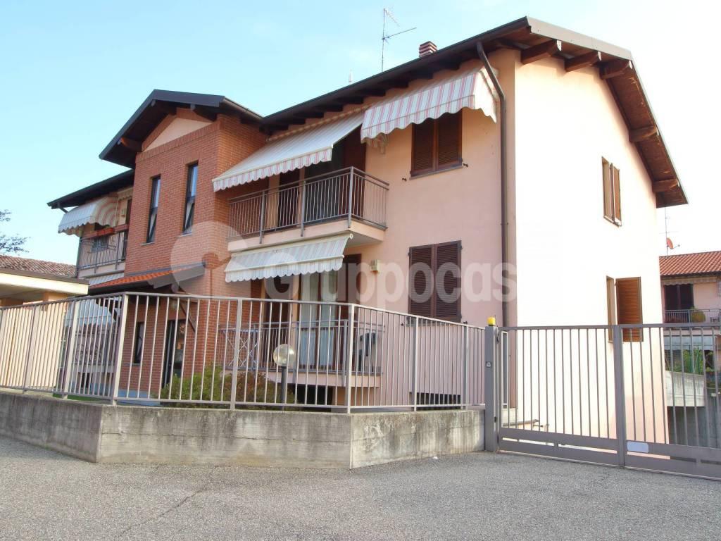 foto esterno 3-room flat via Vittorio Emanuele, Cuggiono