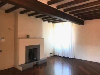 Foto - Appartamento ottimo stato, terzo piano, Centro, Sassuolo