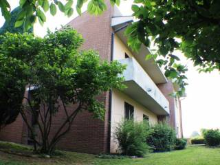 Photo - 3-room flat via Santo Quirico 9, Solbiate