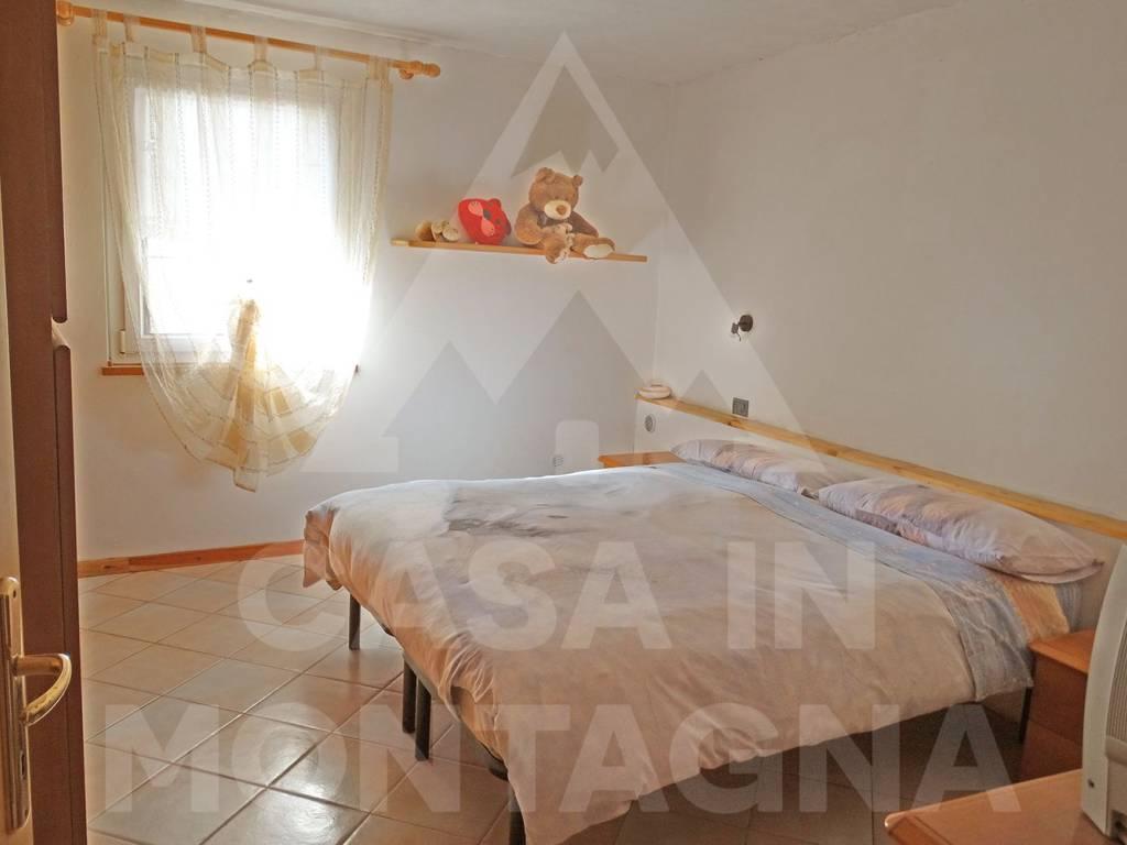 foto camera matrimoniale Quadrilocale via Casal, Capriana