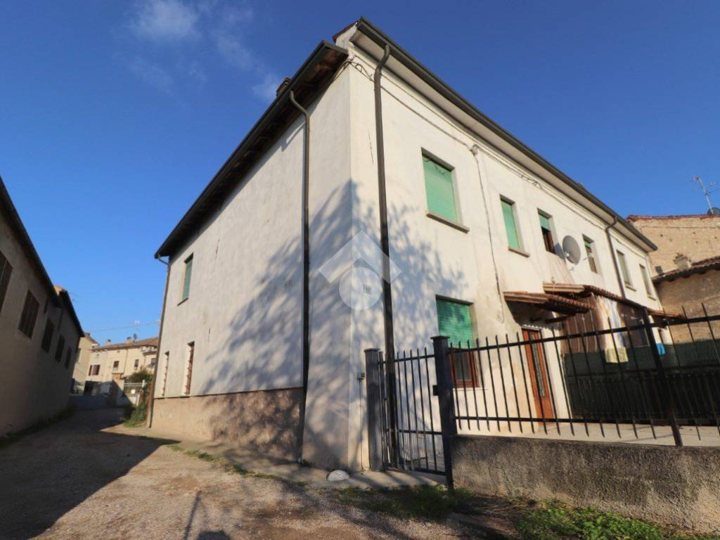 foto  Single-family townhouse vicolo Cavagnara, Volta Mantovana
