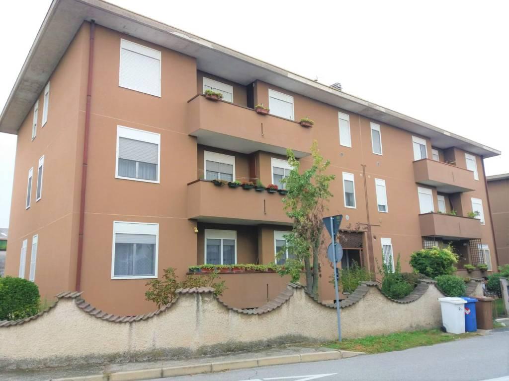 foto Vista 3-room flat viale Busto Arsizio, Buscate