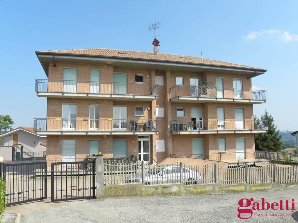 foto ESTERNI 4-room flat via Cuneo 184, Bra