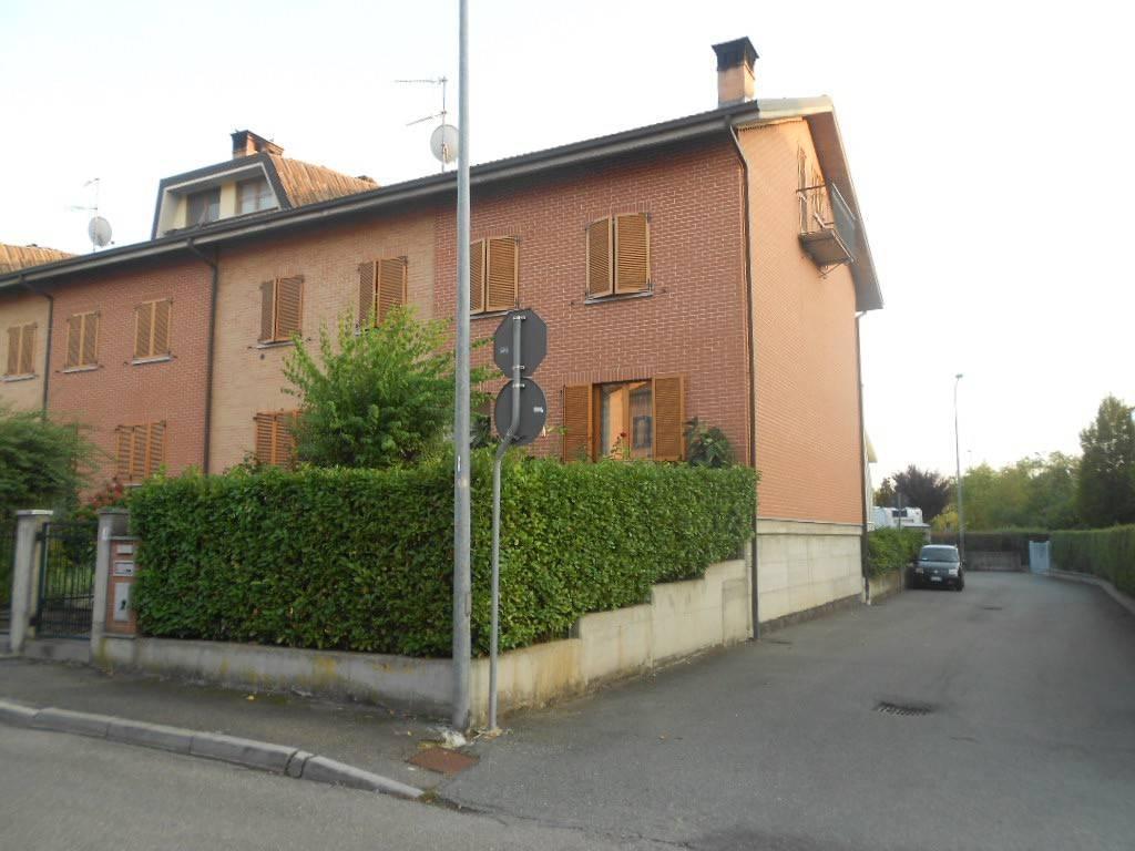 foto prospetto Terraced house via Eva Barisone, Novi Ligure