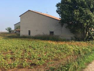 Photo - Country house 250 sq.m., Roverbella