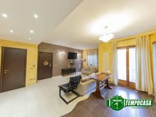 Photo - 4-room flat via Vincenzo Bellini, Cesano Boscone