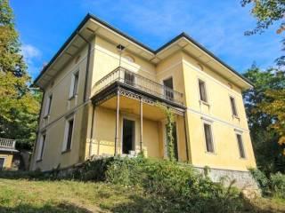 Foto - Villa unifamiliare, da ristrutturare, 1005 mq, Redona, Bergamo