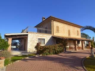 Foto - Villa unifamiliare Contrada Tronto, Ancarano