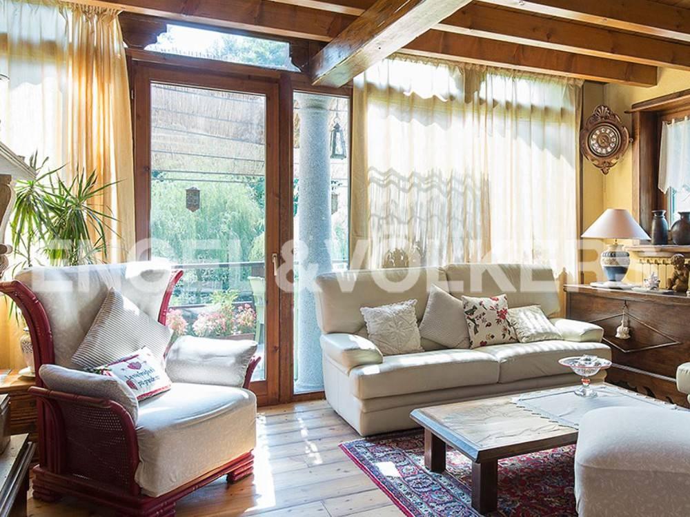 foto Sala Villa plurifamiliare via Sasso Merè, Rancio Valcuvia