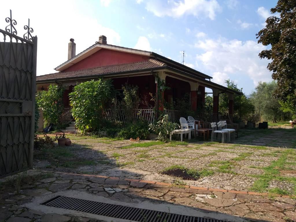 foto  Single family villa, to be refurbished, 220 sq.m., Velletri