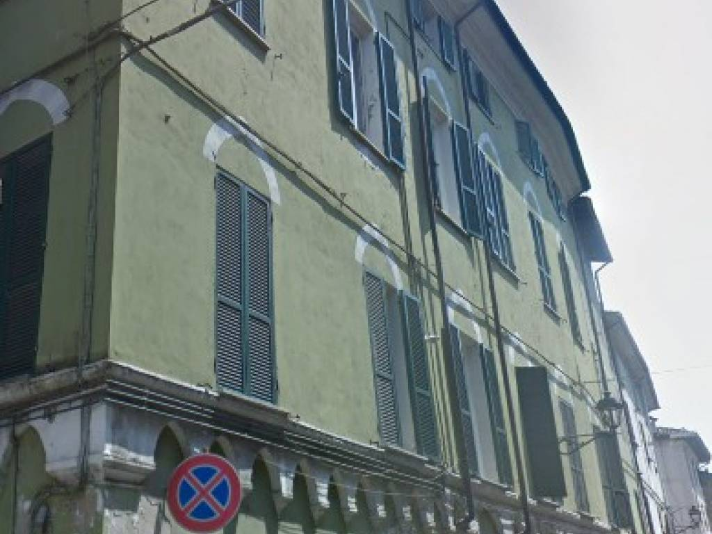 foto  Appartamento, Box / Garage all'asta via Berthoud 24, Serravalle Scrivia