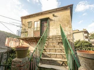 Photo - Detached house salita Chiapparolo, Quezzi, Genova
