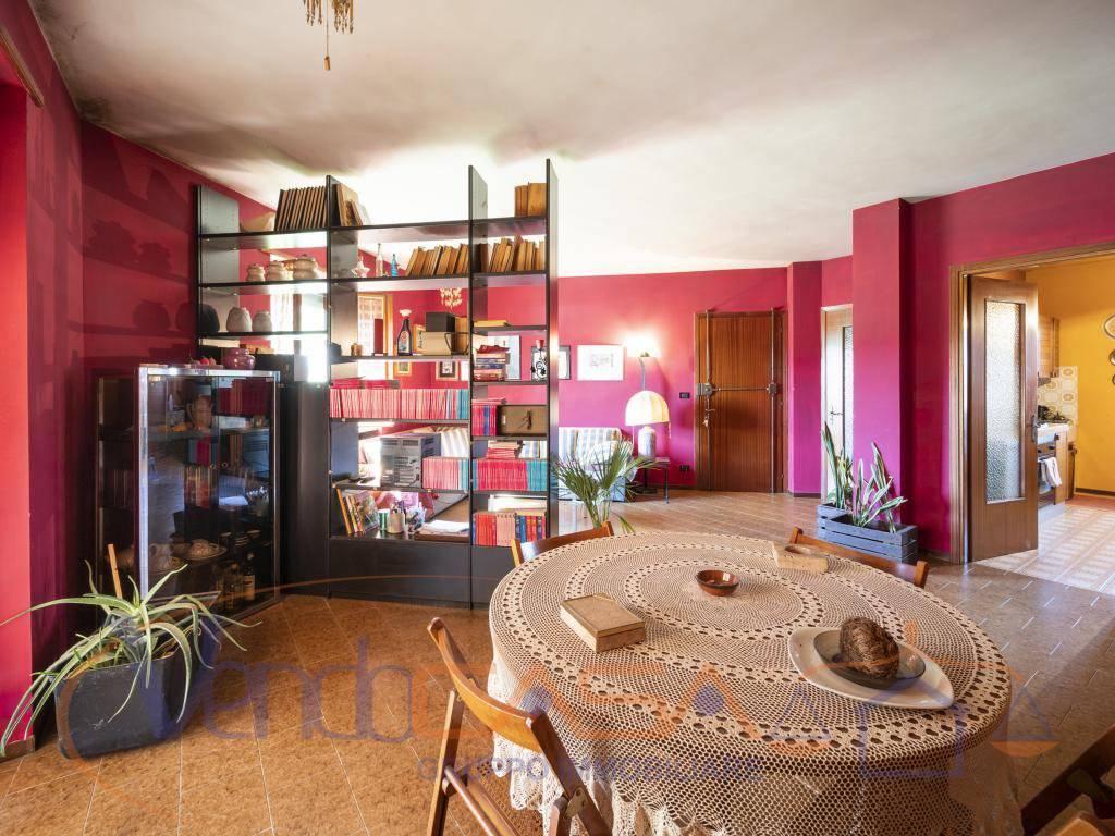 foto salone 4-room flat corso Asti 24, Alba