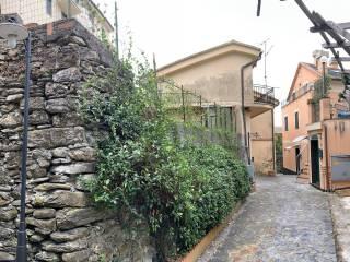 Foto - Casa indipendente via Ernesto Caorsi, Sori