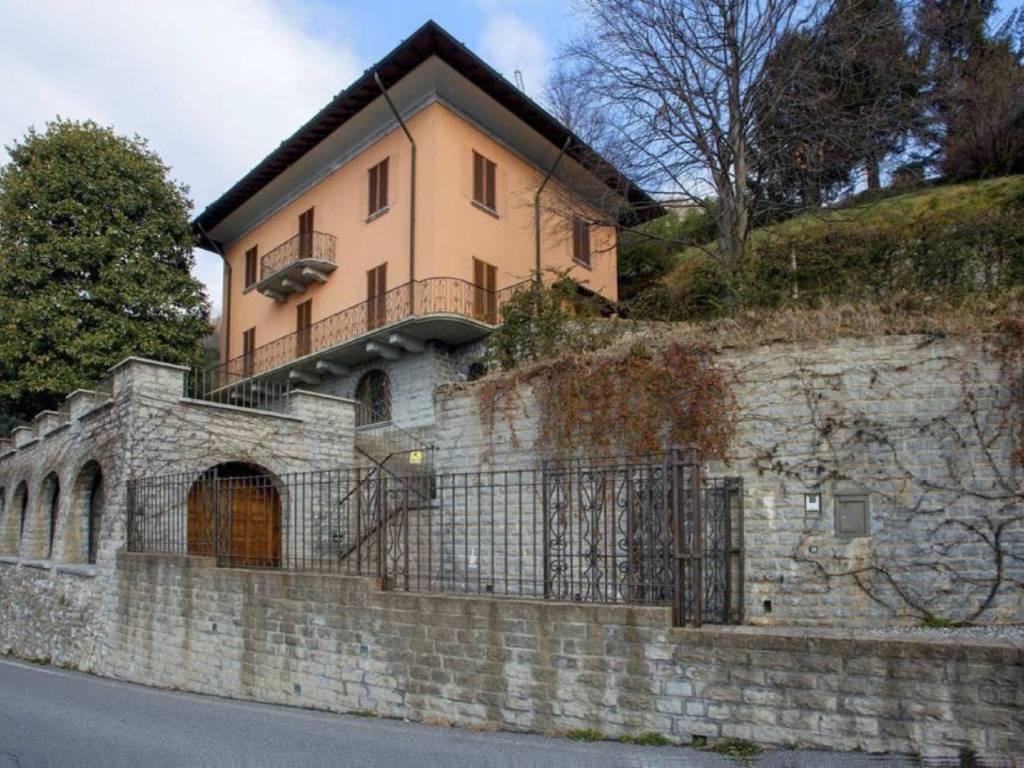 foto  Single family villa via della Libertà, Cernobbio