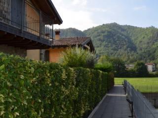 Photo - Terraced house via Vago, Zandobbio