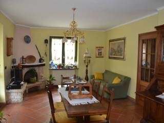 Photo - 4-room flat regione Archero, Dronero
