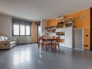 Photo - 3-room flat via Marche, Fizzonasco, Pieve Emanuele