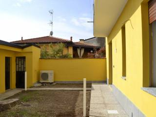Photo - 3-room flat via 11 Settembre, Arconate