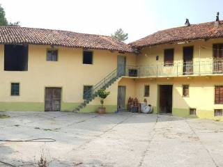 Photo - Country house Strada San Martino, Castiglione Torinese